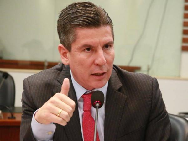 Ricardo Ferro, presidente de la Comisión de Acusación
