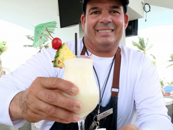 Piña Colada del Caribe Hilton de Puerto Rico