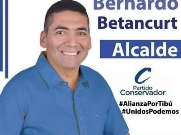 Imagen de campaña de candidato asesinado