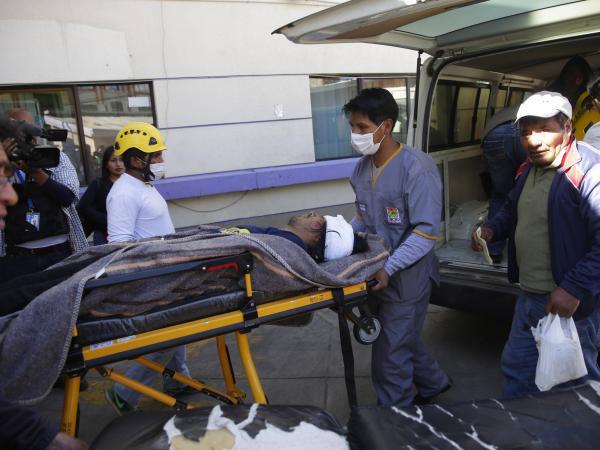 Heridos en protestas en El Alto