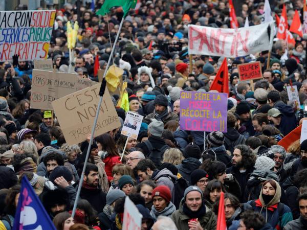 Huelga general en Francia por reforma pensional.