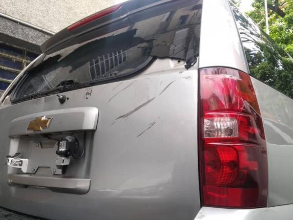 Camionetas de Guaidó atacadas