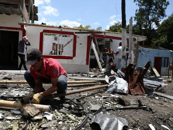 Destrucción y miedo tras explosión en Rosas, Cauca
