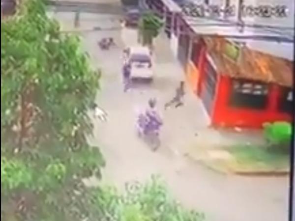 Dueño de motocicleta frustra robo de su vehículo en Cali
