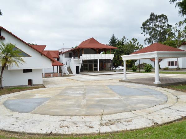 Casas de la Escuela de la Drogadicción