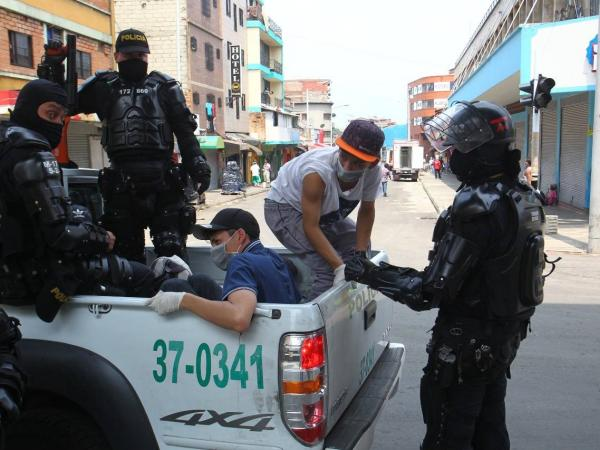 Controles de la Policía en Medellín