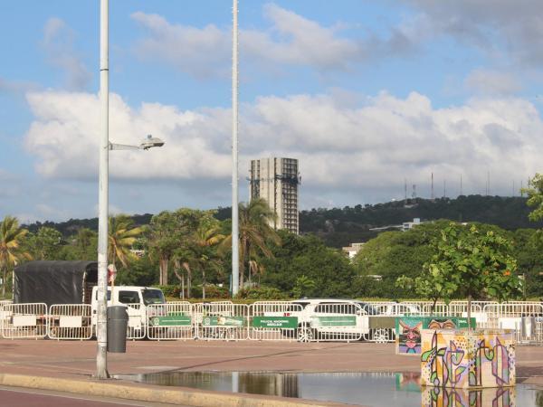 La Torre de 'Aquarela' se levanta a una cuadra del emblemático Castillo de San Felipe de Barajas.