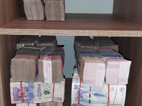 Incautación de 1.800 millones de pesos