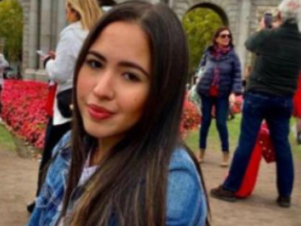 Natalia Andrea Salazar estudia Negocios y Relaciones Internacionales.