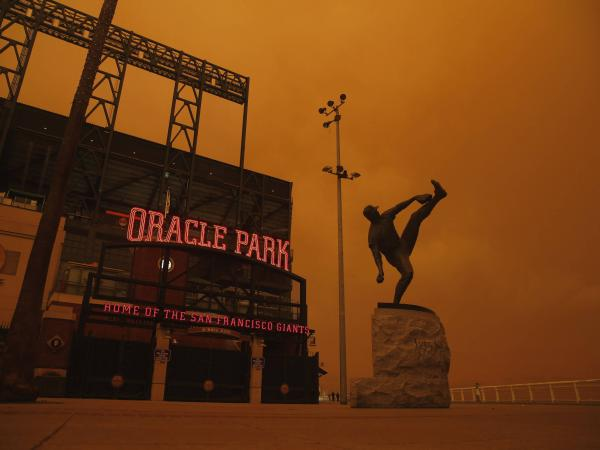 El cielo de San Francisco se tiñó de naranja por incendios forestales