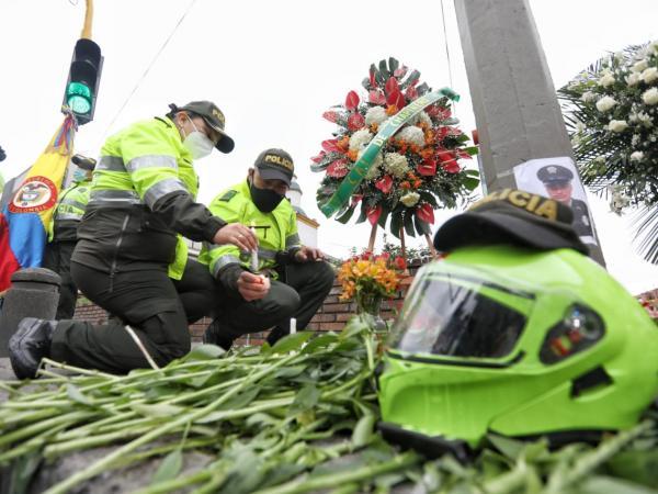 Homenaje a patrullero asesinado