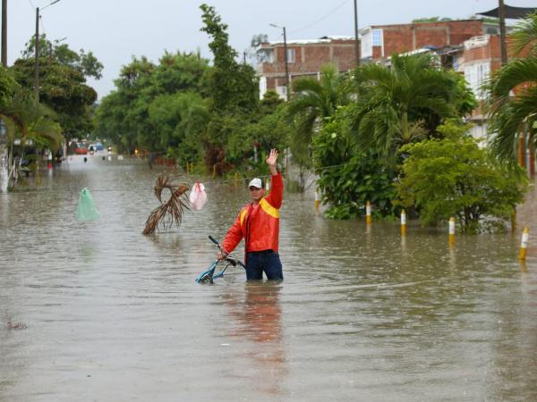 Inundaciones en Ciudad del Campo, en límites de Palmira y Cali