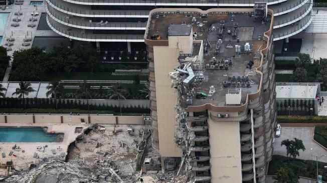 Desplome parcial de un edificio en Miami