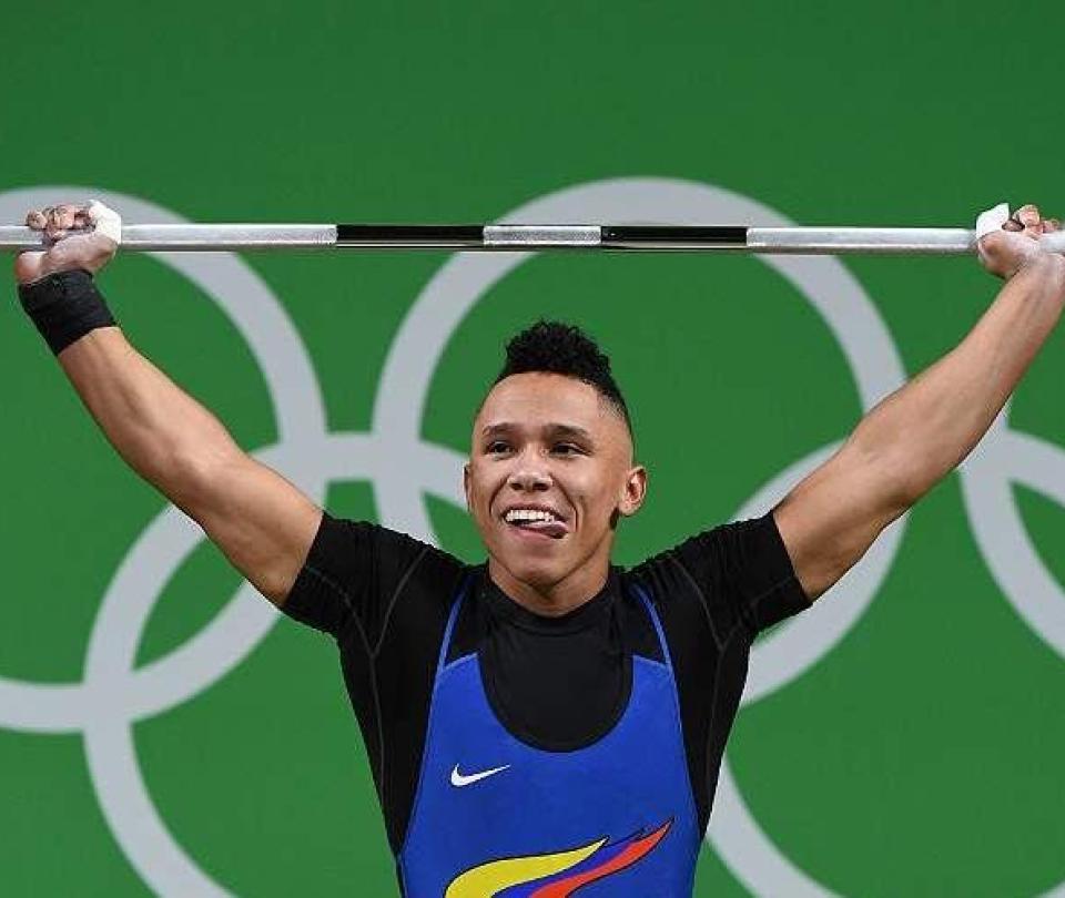 Mosquera estrena el bronce olímpico en el Panamericano de pesas