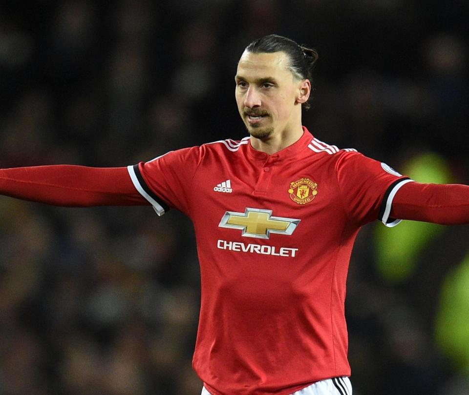 City sigue imparable, United golea en el regreso de Pogba y Zlatan