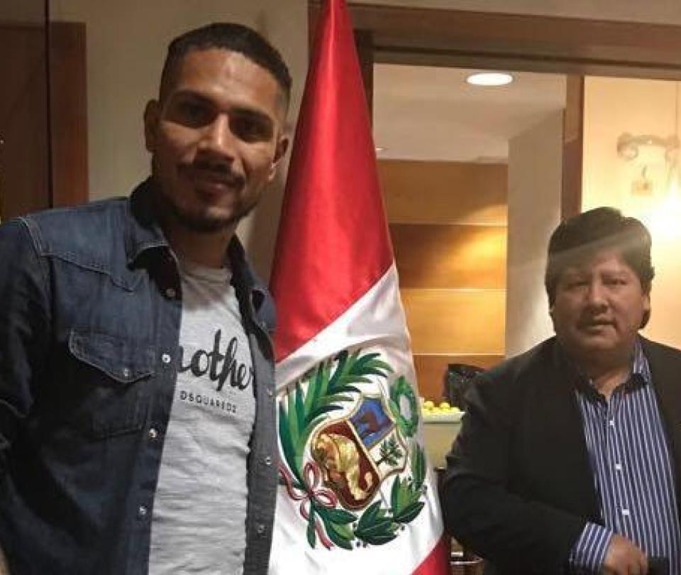 Guerrero dijo que espera regresar de Suiza con 'una buena noticia'
