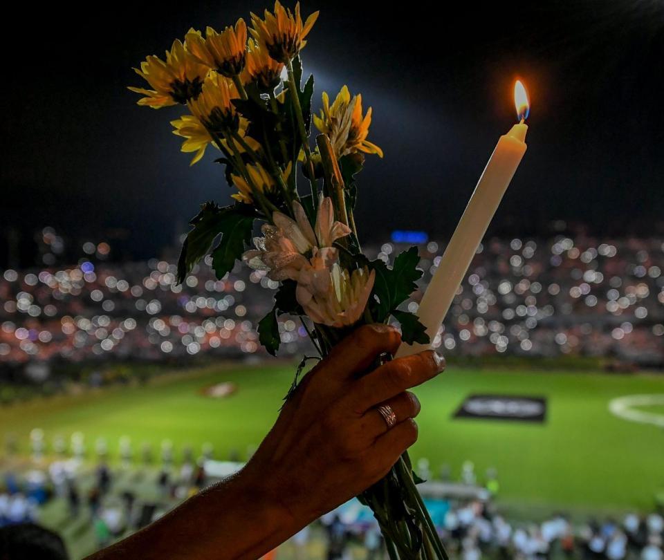 El día que el alcalde de Chapecó cantó con los paisas por la tragedia