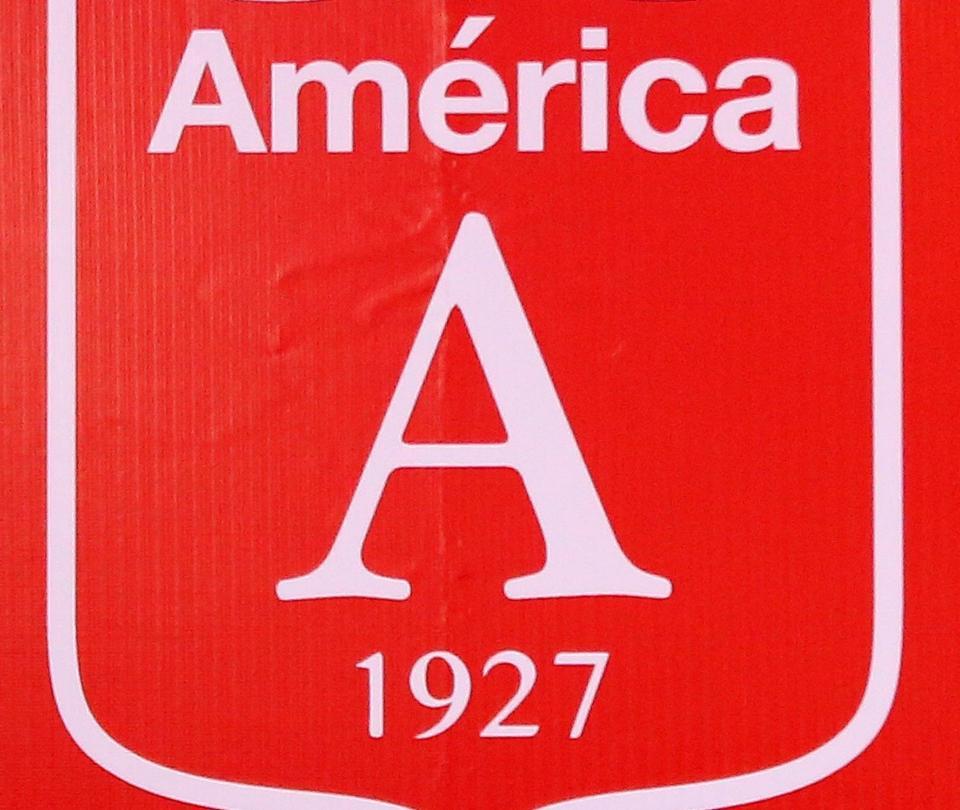 Vuelve el diablo al escudo del América, pero no a los uniformes