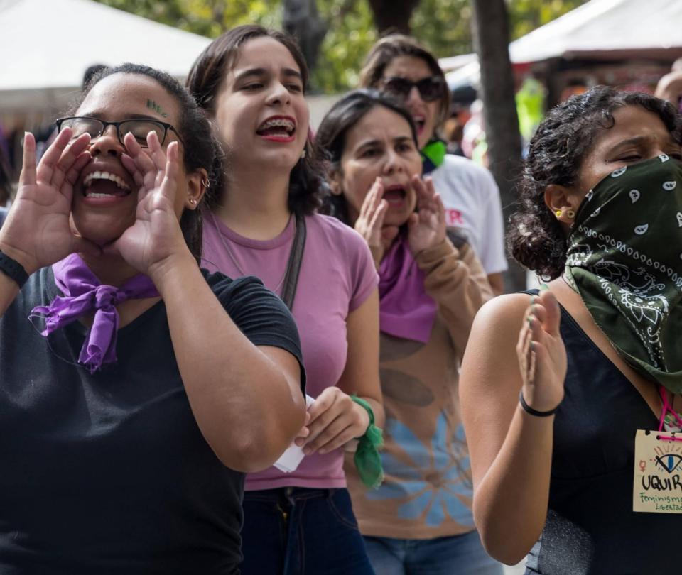 ¿Por qué 'un violador en tu camino' no ha funcionado en Venezuela?
