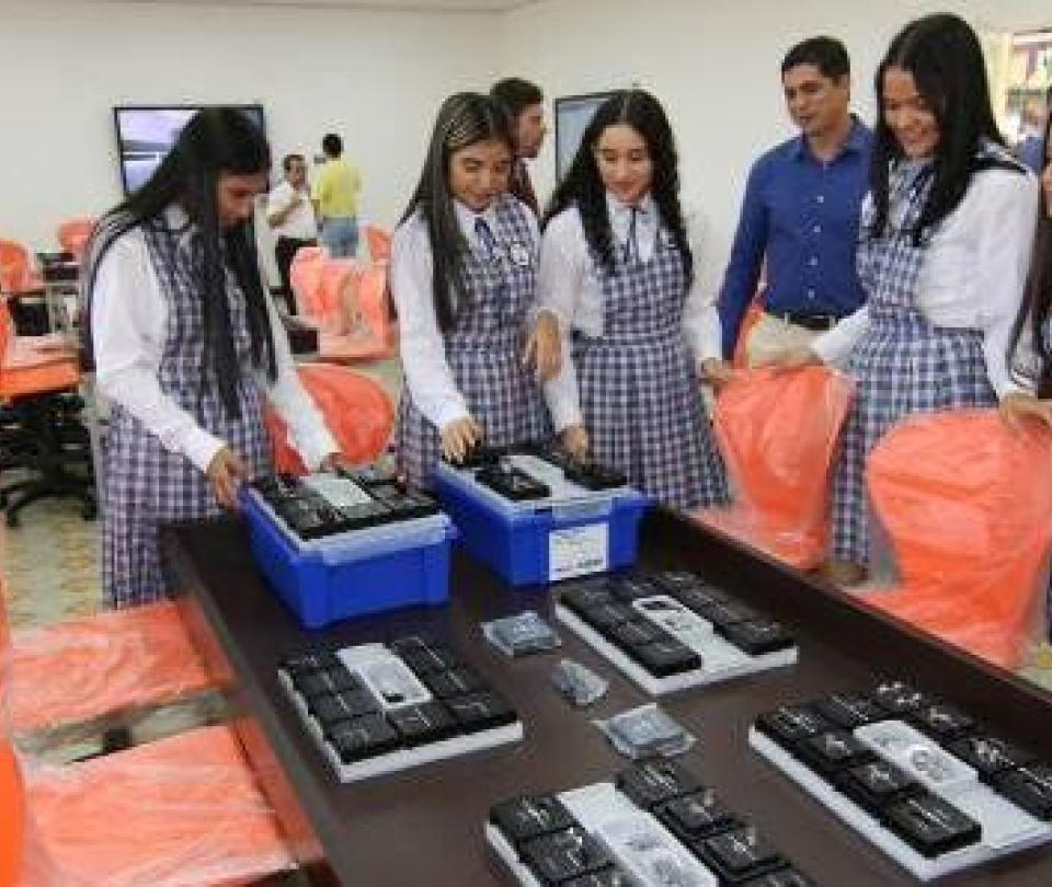 Novedoso sistema educativo se toma las aulas del Huila