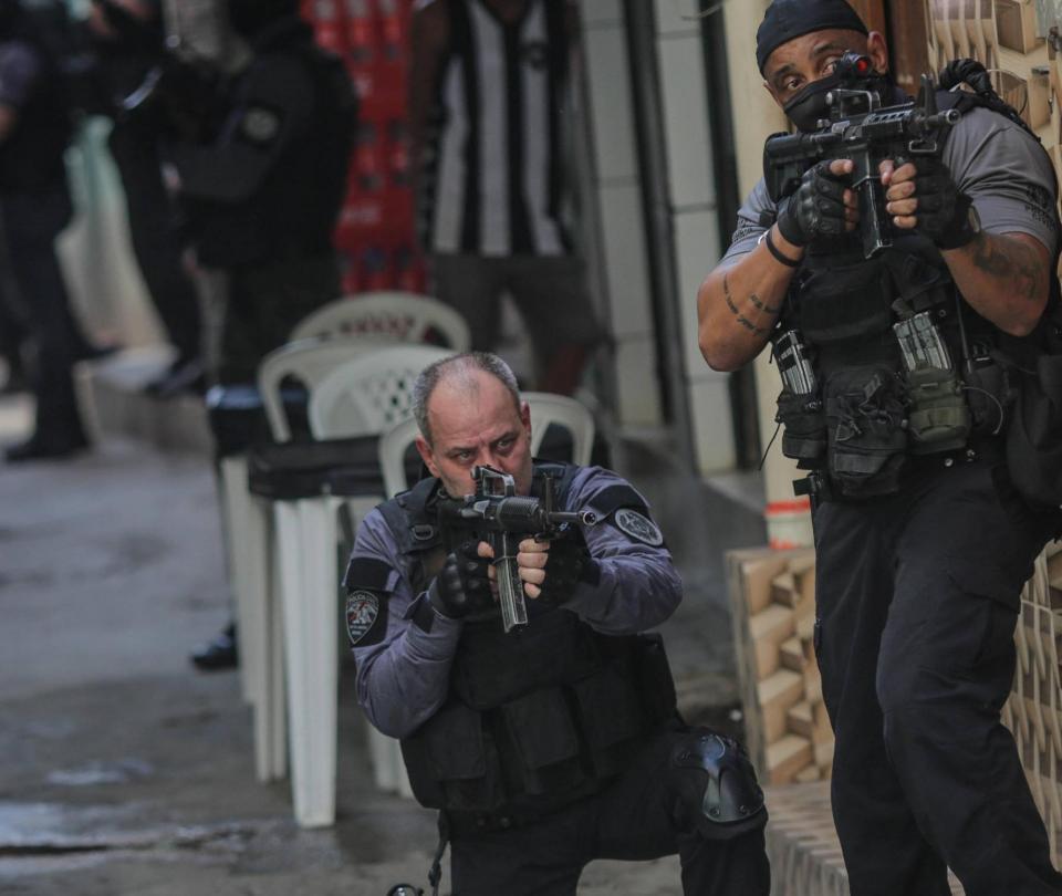 La Policía de Río de Janeiro tendrá que usar microcámaras en uniformes