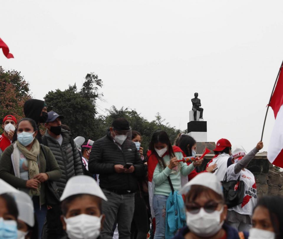 Llamados a anular elecciones presidenciales elevan la tensión en Perú