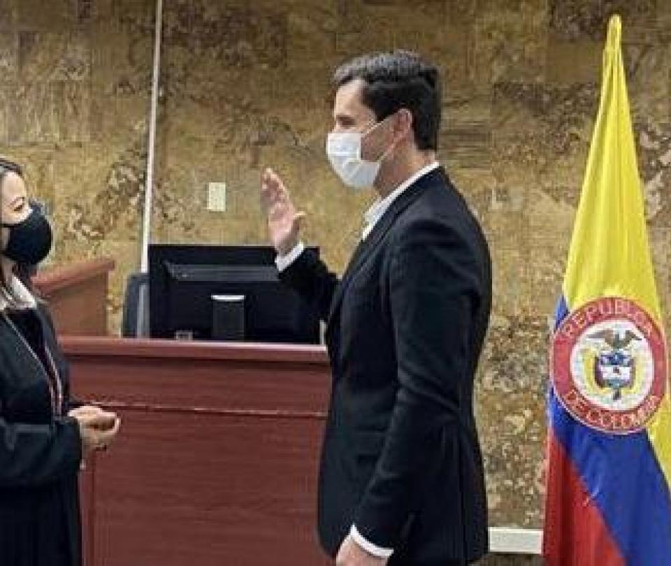 Juan Pablo Díaz Granados se posesionó como alcalde ad hoc de Medellín