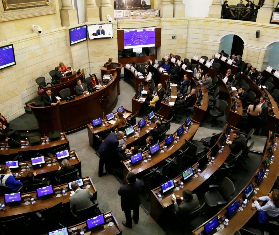 Pelea por los votos para las 16 curules de paz