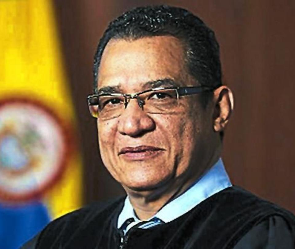 Abren investigación formal al magistrado Malo, en el Congreso