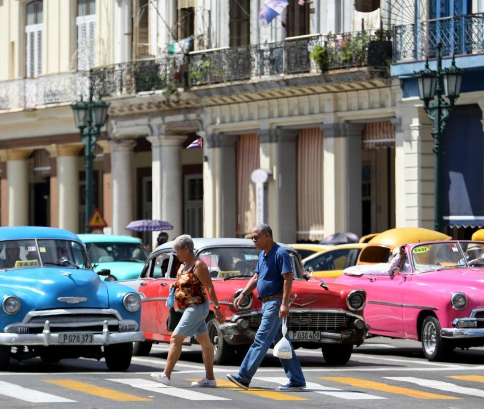 Google usará un cable submarino para mejorar internet en Cuba