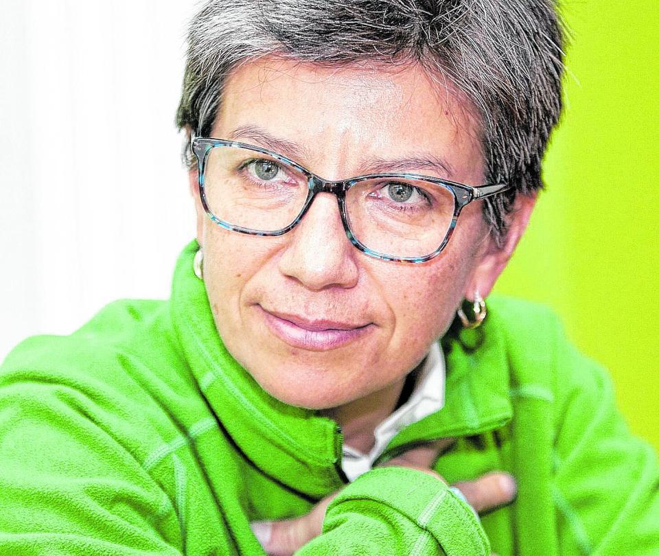 Juez ordena que Claudia López que se retracte por Twitter