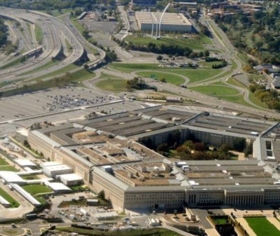 Cierran el Pentágono tras un tiroteo cerca de su sede