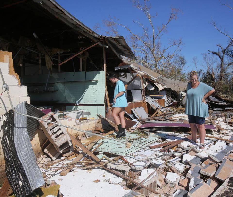 Número de fallecidos por huracán Michael sube a 11