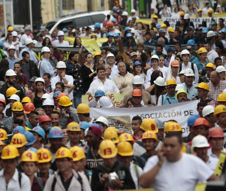Clientes de la Ciudadela Tierra Viva piden que se retomen las obras