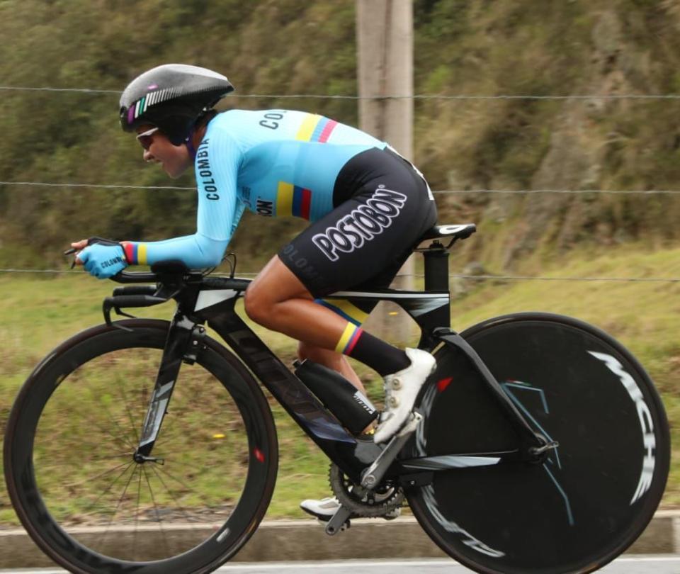 Ana Sanabria, líder de la Vuelta a Colombia Femenina