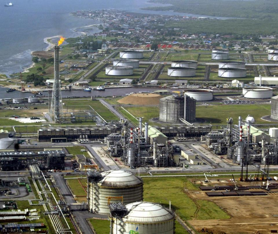 Precios del petróleo vuelven a caer