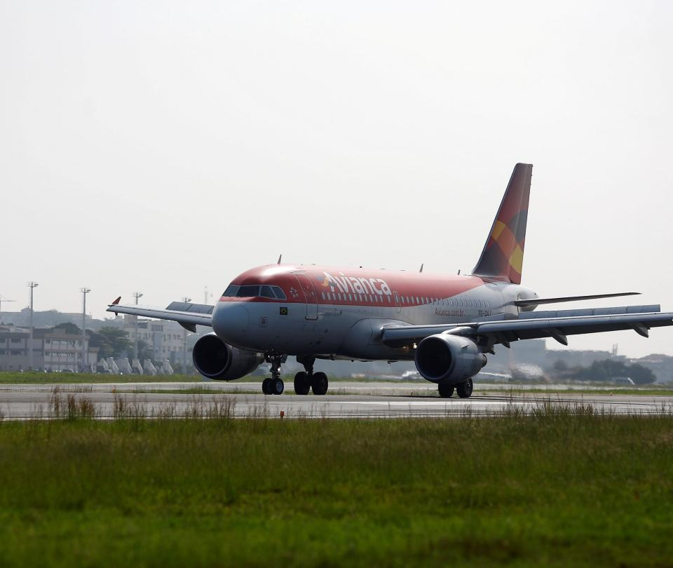 Avianca Brasil cancela más de 1.300 vuelos y pasa de 35 a 8 aviones