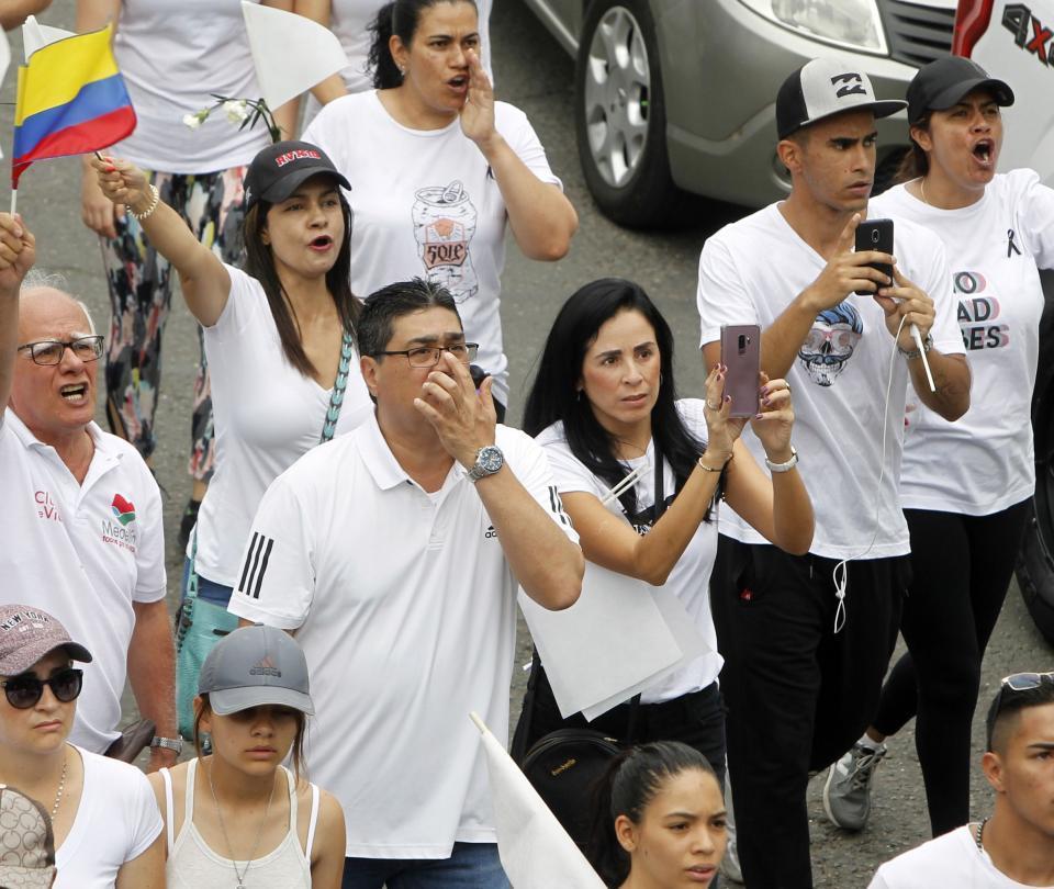 Los hechos de intolerancia que opacaron la marcha en Medellín