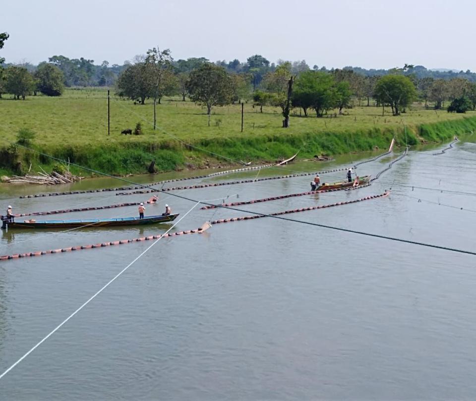 Crudo derramado por atentado contaminó 25 kilómetros del río Catatumbo