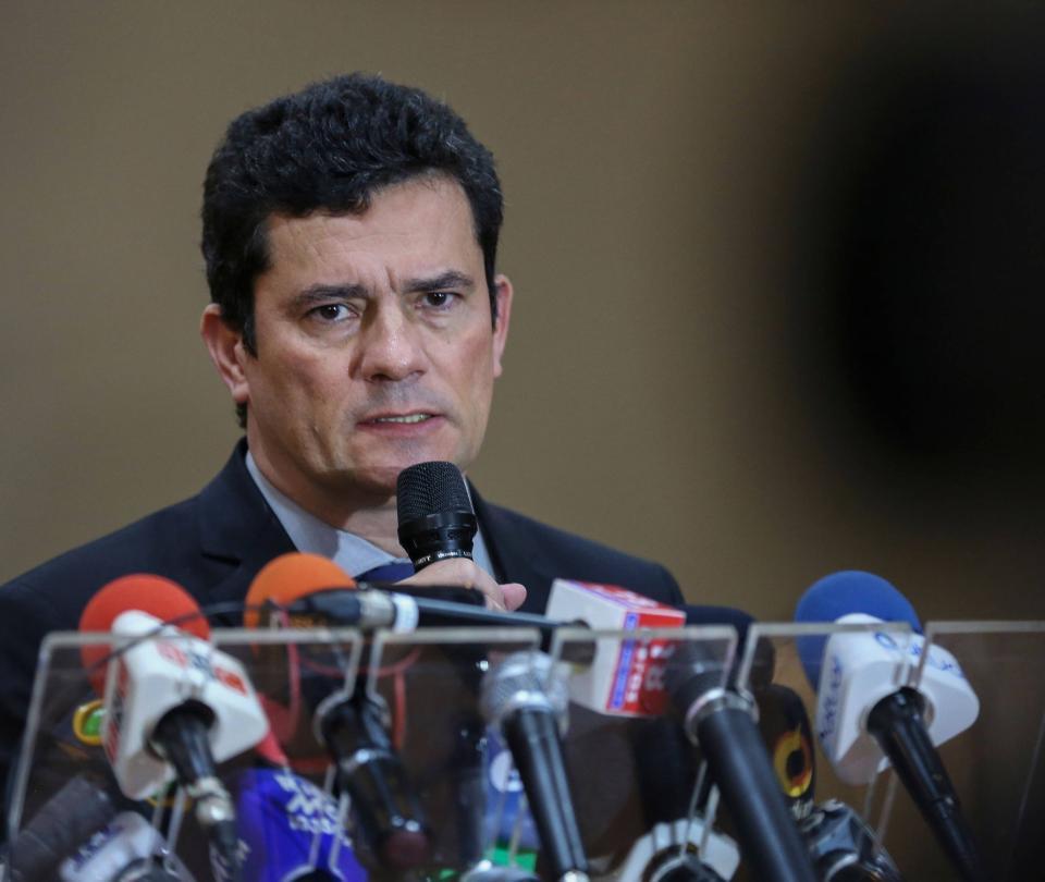 Moro muestra audios y mensajes en testimonio contra Bolsonaro
