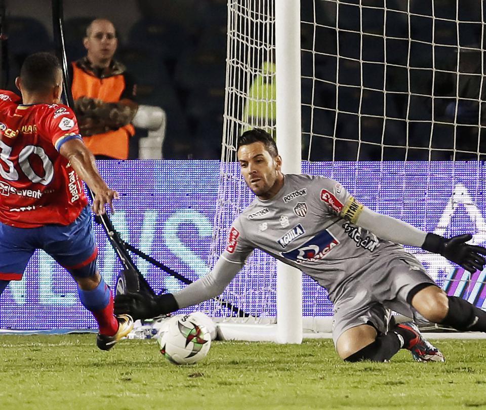 Deportivo Pasto busca ponerle fin a la polémica con Viera