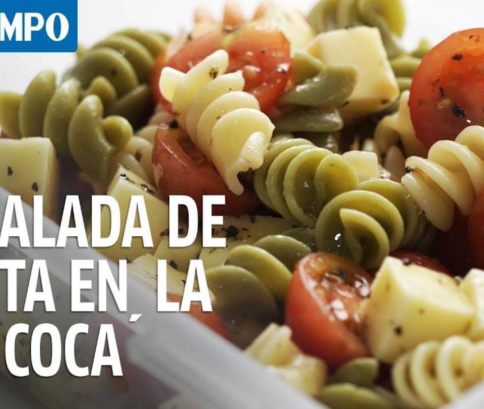 No te puedes perder la ensalada de pasta con tomates hoy en La Coca