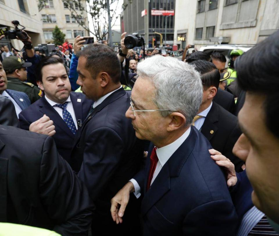 Senador Uribe quedó formalmente vinculado al proceso: Corte Suprema