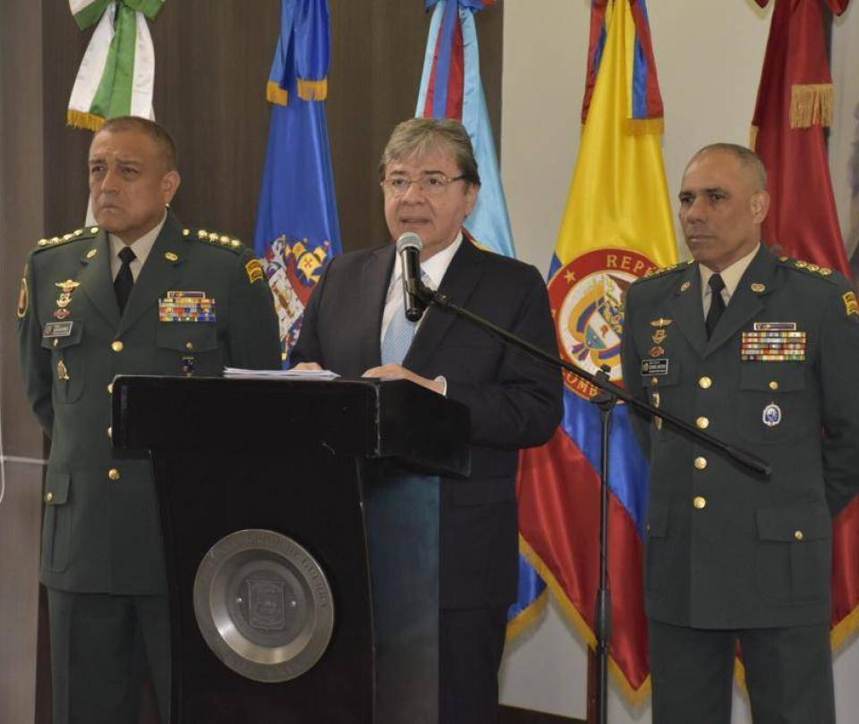 Enfática defensa del Gobierno a militares y a labores de inteligencia