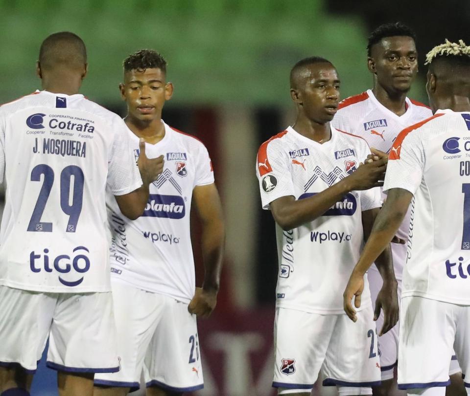 Medellín se acordó tarde de ganar en la Copa: venció 0-2 a Caracas