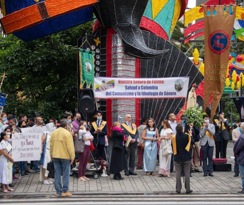 Este es el grupo católico que protesta por los alumbrados de Medellín