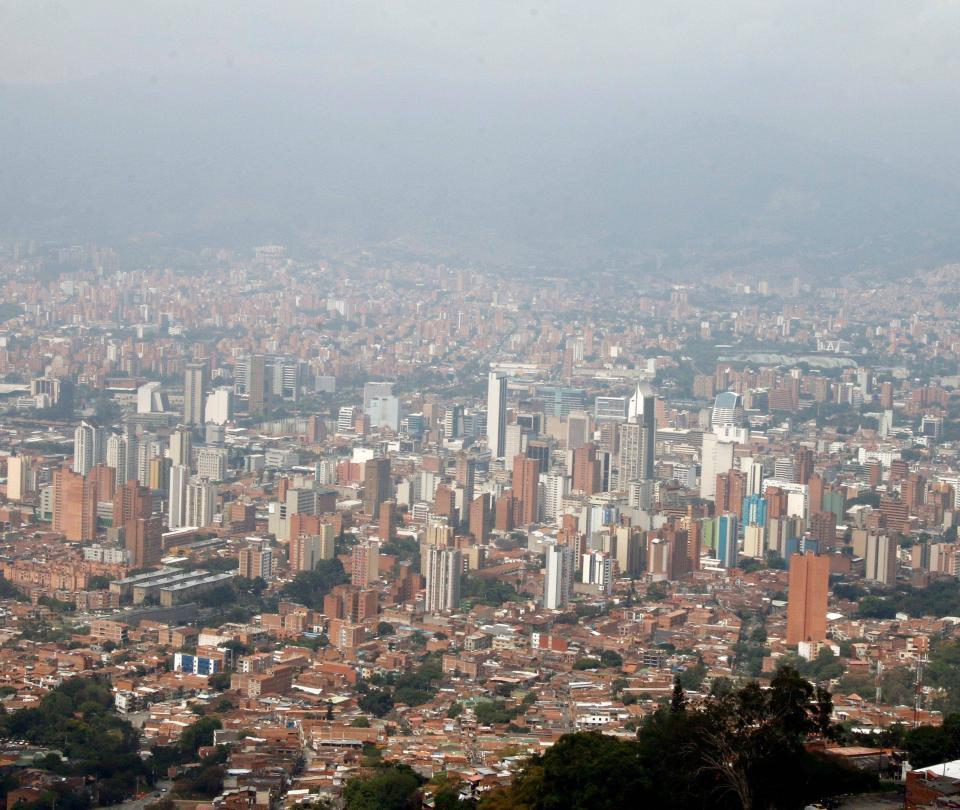 ¿Medellín sería un distrito metropolitano?
