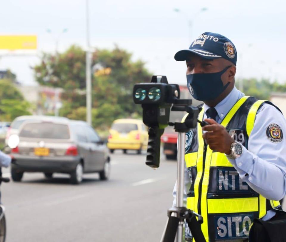 Agentes adelantan operativos de sensibilización sobre la velocidad