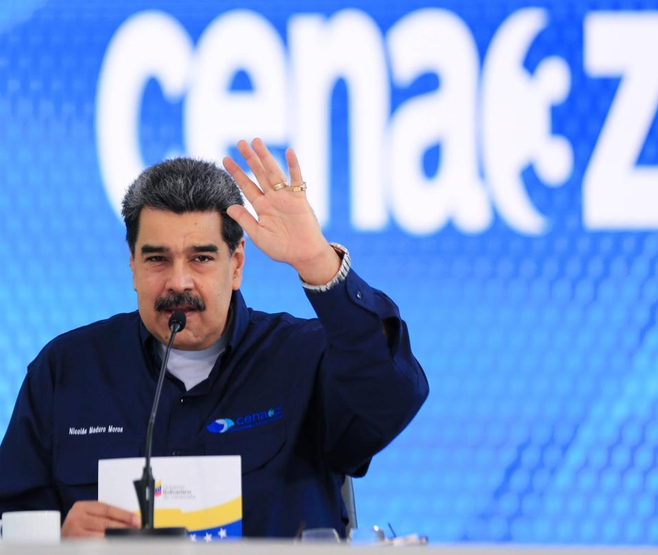 Maduro dijo que donó a Brasil 14.000 bombonas individuales de oxígeno
