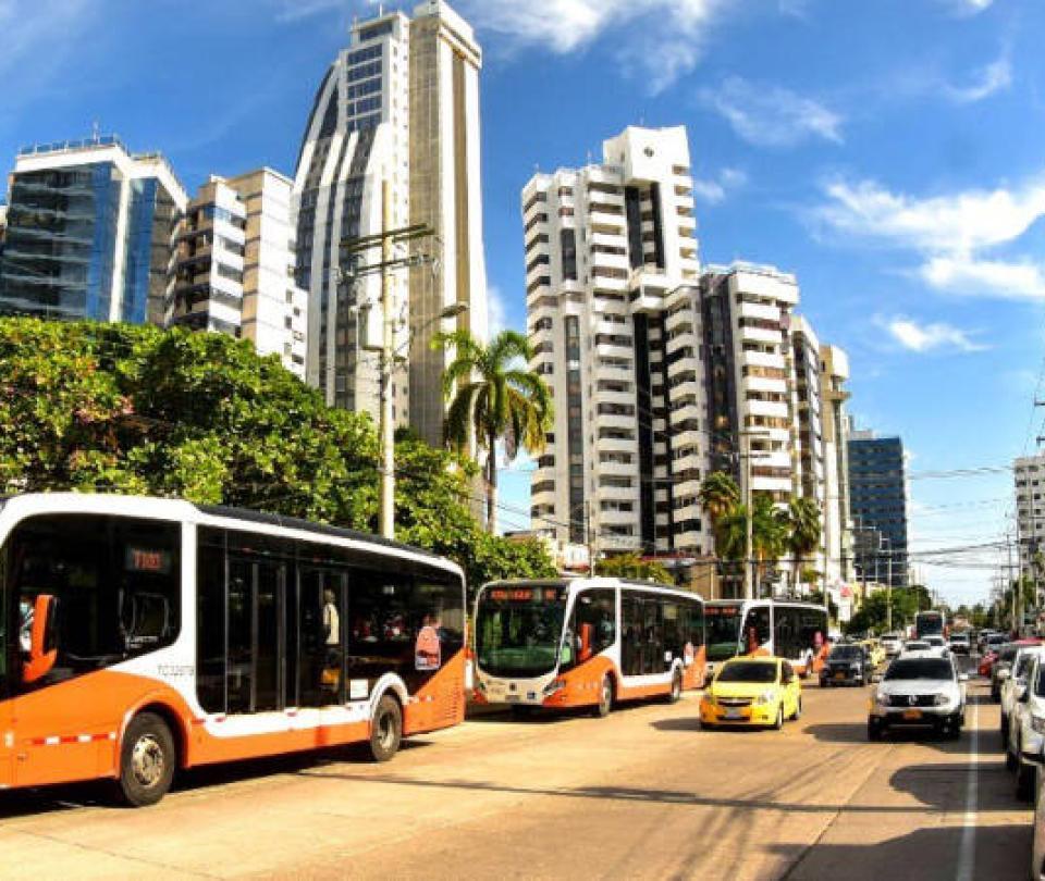 Mototaxista y chofer de TransCaribe se van a los golpes en Cartagena